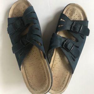 Fly Flot Sandals